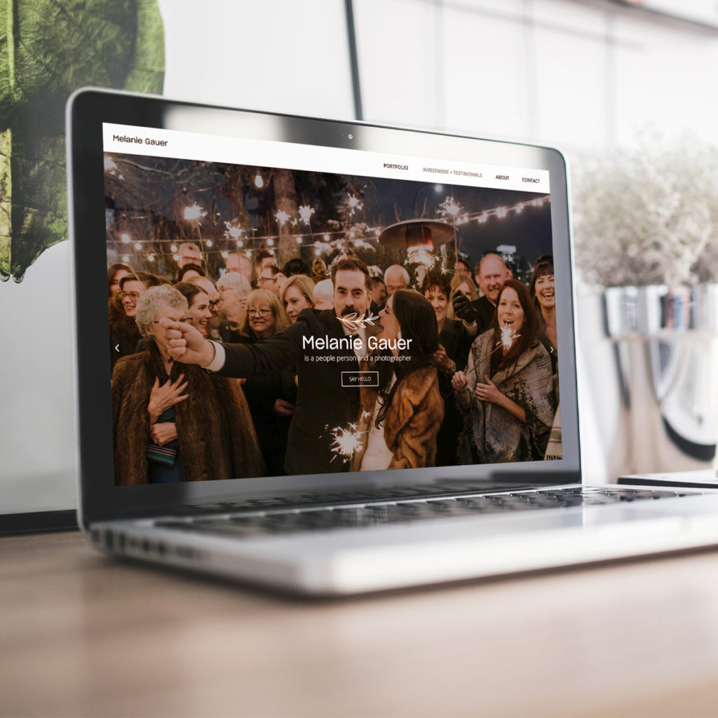 How to design a website homepage that converts photo